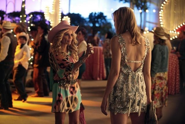 Leslie Bibb and Kristin Chenoweth in GCB (2012)