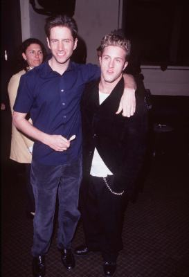 Scott Caan and Jamie Kennedy at Wild Things (1998)