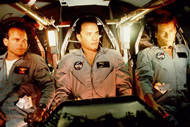 Kevin Bacon, Tom Hanks, and Bill Paxton in Apollo 13 (1995)