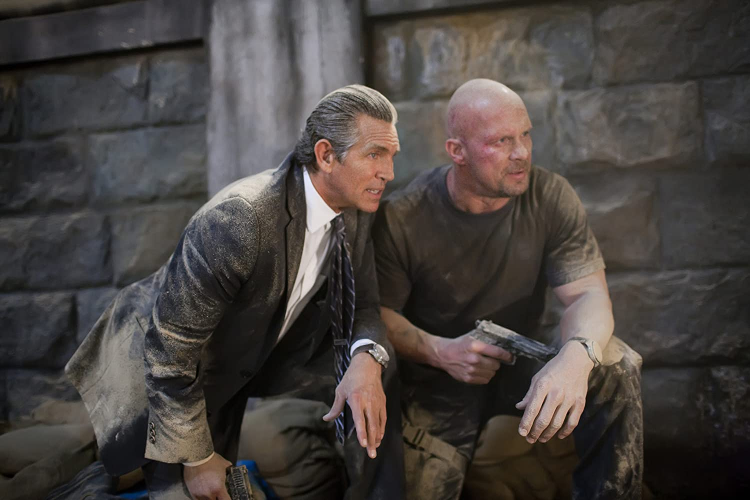 Eric Roberts and Steve Austin in The Expendables (2010)