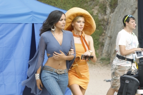 Jessica Lucas and Katie Cassidy in Melrose Place (2009)