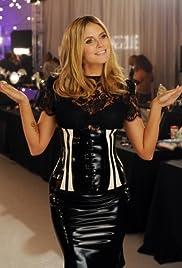 The Victoria's Secret Fashion Show(2009) Poster - TV Show Forum, Cast, Reviews