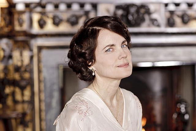 Elizabeth McGovern in Downton Abbey (2010)