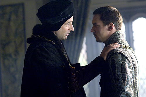 Jeremy Northam and Jonathan Rhys Meyers in The Tudors (2007)