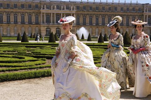 Kirsten Dunst, Judy Davis, and Céline Sallette in Marie Antoinette (2006)