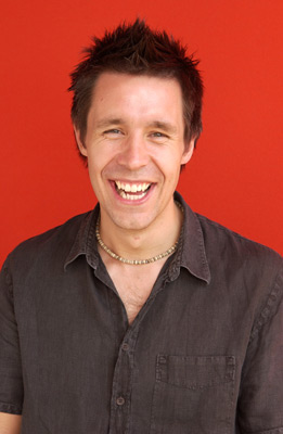 Paddy Considine at 24 Hour Party People (2002)