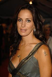 Chantal Kreviazuk Picture