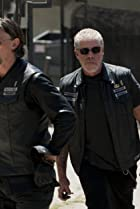Image of Sons of Anarchy: Fruit for the Crows