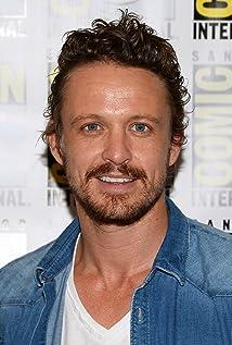 Aktori David Lyons