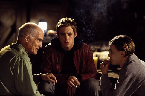 Director Barbet Schroeder with Ryan Gosling (center) and Michael Pitt on the set of