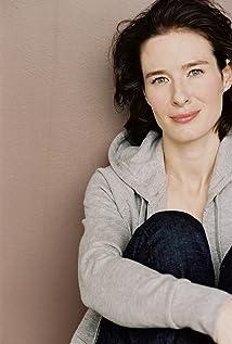 Amy Shelton-White Picture