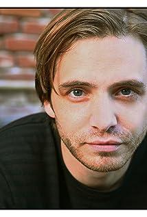 Aktori Aaron Stanford