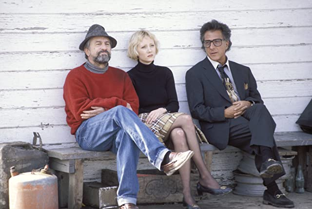 Robert De Niro, Anne Heche, and Dustin Hoffman in Wag the Dog (1997)