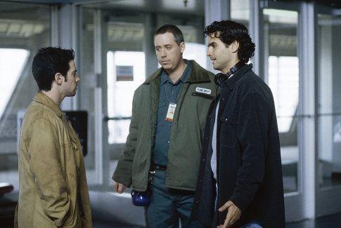 Star Seth Green, co-director/co-writer David Levien and co-director/co-writer Brian Koppelman confer on the set of New Line Cinema's drama Knockaround Guys.