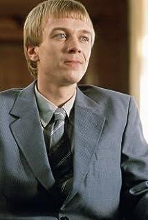 Aktori Steven Robertson