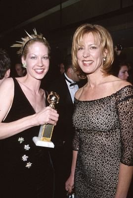 Jenna Elfman and Christine Lahti