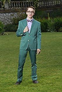 Aktori Zachary Gibson