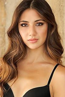 Aktori Lauren Rhoden