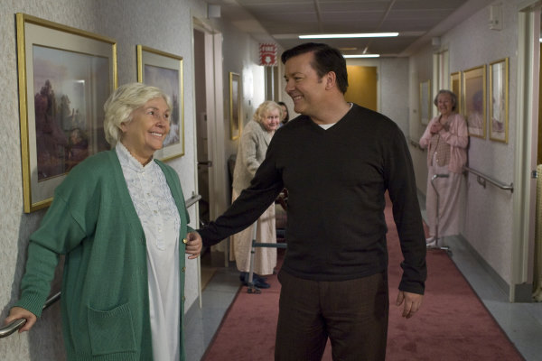 Fionnula Flanagan and Ricky Gervais in The Invention of Lying (2009)