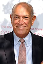 Oscar de la Renta's primary photo