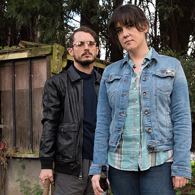 Elijah Wood and Melanie Lynskey in I Don't Feel at Home in This World Anymore (2017)