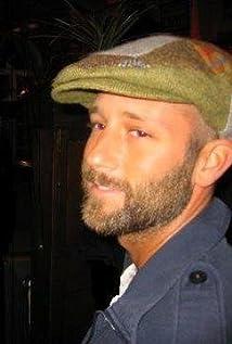 Aktori Ben Heller