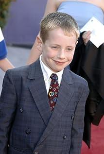 Aktori Patrick Louis