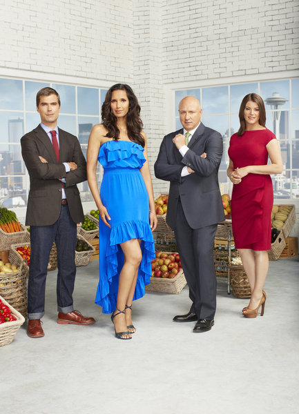 Padma Lakshmi, Gail Simmons, Tom Colicchio, and Hugh Acheson in Top Chef (2006)