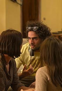"""title:""""http://anamnews.com/- گفتگو با بابک انوری کارگردان فیلم زیر سایه"""" alt:""""  نمایی از پشت صحنه فیلم زیر سایه بابک انوری"""""""