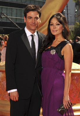 Lindsay Price and Josh Radnor at event of The 61st Primetime Emmy Awards