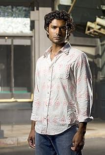 Sendhil Ramamurthy Picture