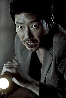 Ki-joon Uhm Picture