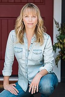 Aktori Lauren Bowles