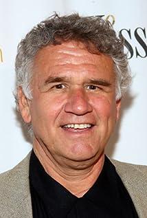 Aktori Garrett M. Brown