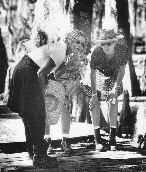 Kasi Lemmons in Eve's Bayou (1997)