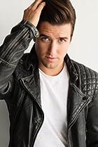 Image of Logan Henderson