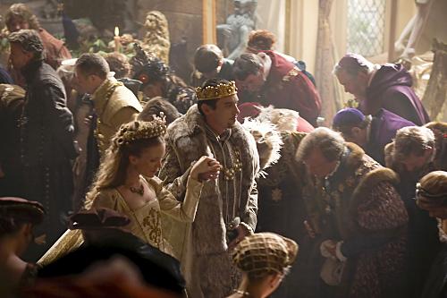 Jonathan Rhys Meyers and Tamzin Merchant in The Tudors (2007)