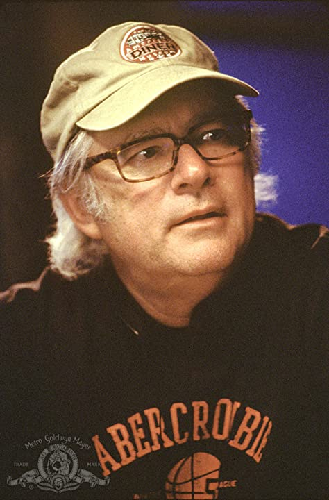Barry Levinson in Bandits (2001)