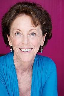 Aktori Muriel Minot