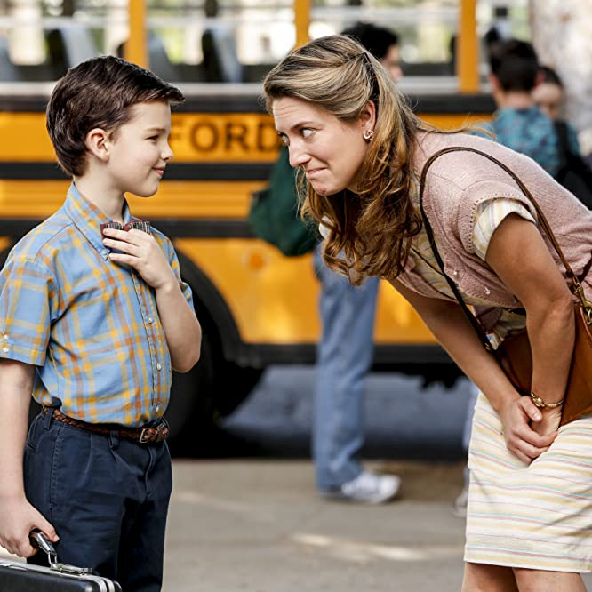 Zoe Perry and Iain Armitage in Young Sheldon (2017)