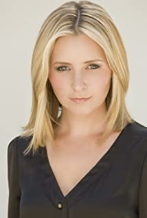 Beverley Mitchell Picture