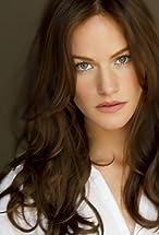 Kelly Overton's primary photo