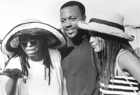 Whoopi Goldberg, Angela Bassett, and Kevin Rodney Sullivan in How Stella Got Her Groove Back (1998)