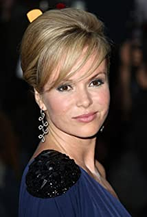 Amanda Holden Picture