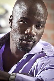 Aktori Mike Colter