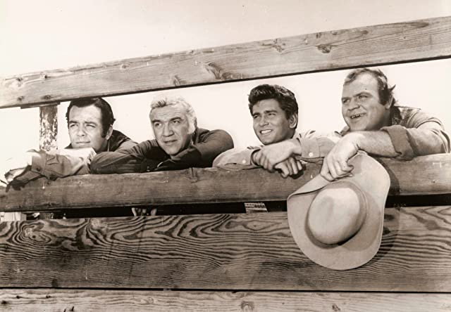 Lorne Greene, Michael Landon, Dan Blocker, and Pernell Roberts in Bonanza (1959)