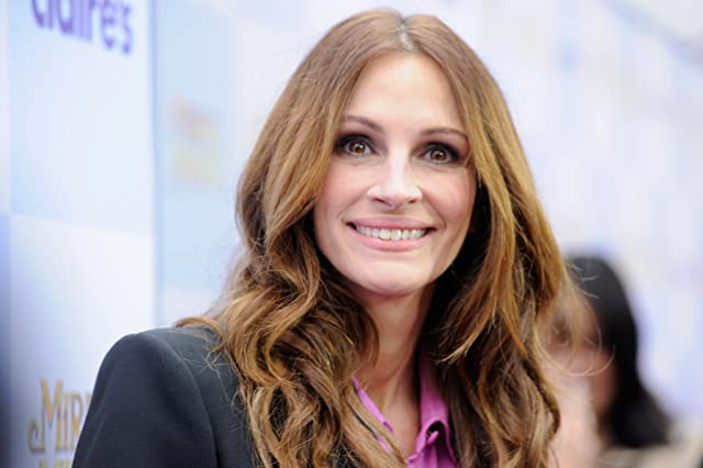 Julia Roberts at Mirror Mirror (2012)