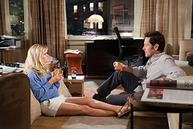 Reese Witherspoon and Paul Rudd in How Do You Know (2010)