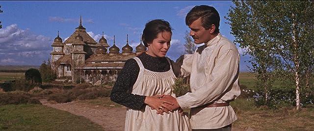 Geraldine Chaplin and Omar Sharif in Doctor Zhivago (1965)