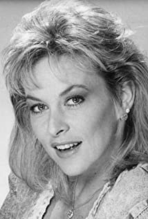 Peggy Rowe - IMDb